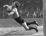 the-goalkeeper-1928-c2a9-the-estate-of-martin-munkasci