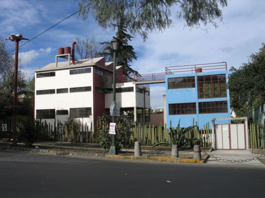 Casa-estudio_kahlo-rivera1