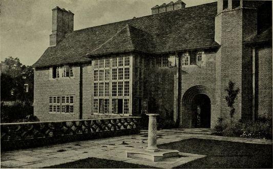 Lutyens_houses_and_gardens_(1921)_(14763542872)