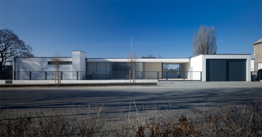 tugendhat_villa_front