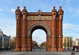 1024px-Barcelona_-_Arc_de_Triomf_(2)