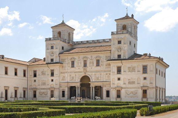 1024px-Villa_Medici_Roma_01